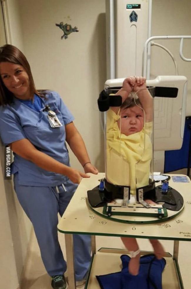 Hình ảnh gây bão mạng về sự thật khi trẻ con được đi chụp X-quang khiến dân tình cười không nhặt được miệng - Ảnh 2.