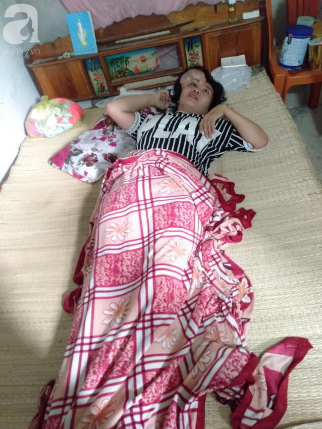 Phép màu đến với người mẹ bệnh tật cố giữ thai nhi, giành giật sự sống từng ngày để con gái nhỏ được chào đời - Ảnh 1.