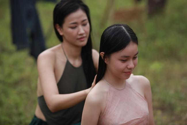 Tranh cãi gay gắt chuyện nữ diễn viên 15 tuổi đóng cảnh có bầu, lộ ngực, ân ái trong phim về phụ nữ Việt xưa - Ảnh 5.