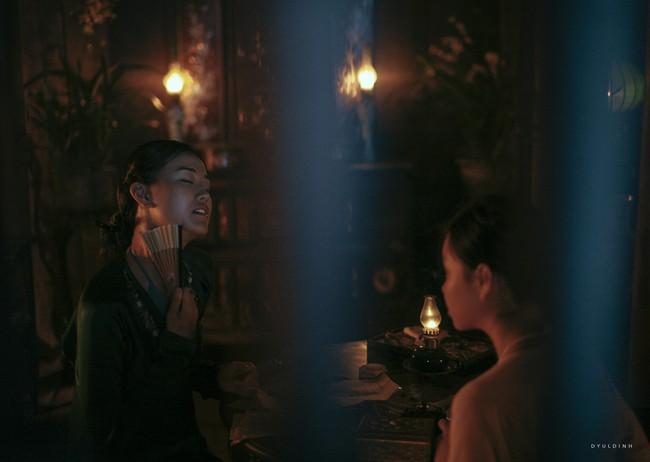 Tranh cãi gay gắt chuyện nữ diễn viên 15 tuổi đóng cảnh có bầu, lộ ngực, ân ái trong phim về phụ nữ Việt xưa - Ảnh 6.