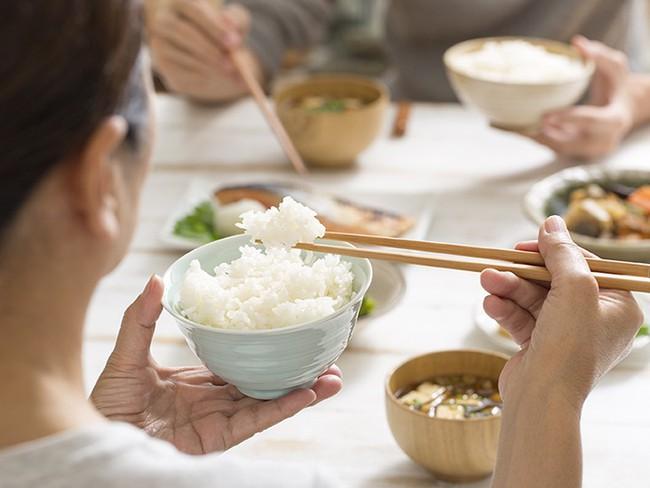 Đây là lý do phụ nữ Nhật cứ trẻ mãi lâu già, lại còn không béo: Hóa ra cũng đơn giản và dễ học theo vô cùng - Ảnh 8.