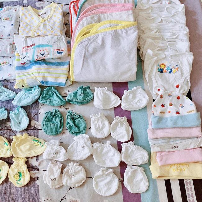 Mẹ bầu chơi lớn chi 40 triệu đồng sắm đồ sơ sinh, nhìn tủ đồ ngỡ vào nhầm cửa hàng mẹ và bé - Ảnh 8.