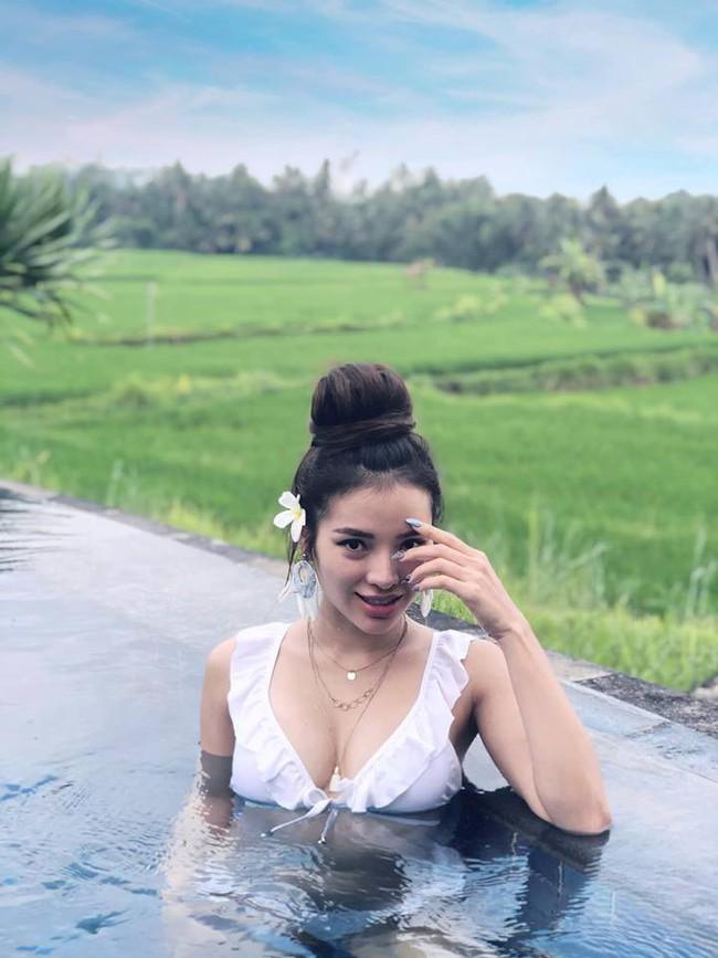 Bị đồn giành danh xưng nữ hoàng bikini với Ngọc Trinh, Phương Trinh Jolie đáp trả thế này  - Ảnh 2.