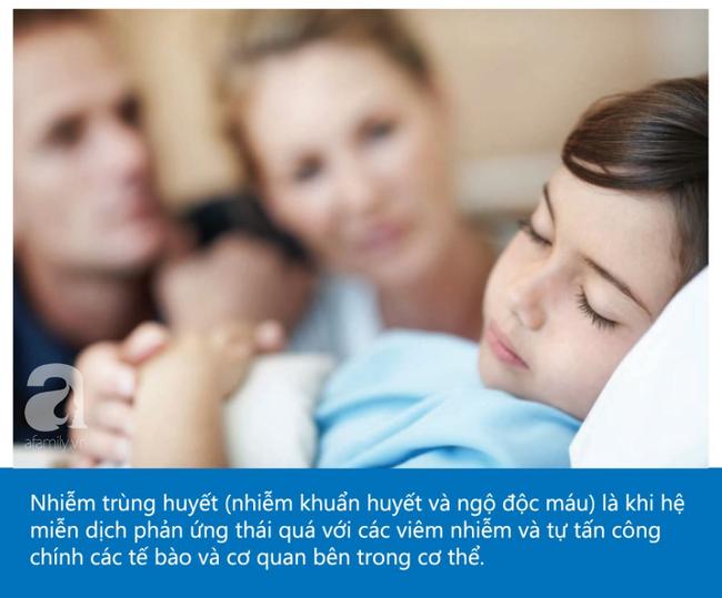 Một người mẹ chia sẻ hình ảnh của con trai để các bà mẹ khác biết đó là dấu hiệu cảnh báo bệnh nhiễm trùng huyết - Ảnh 2.