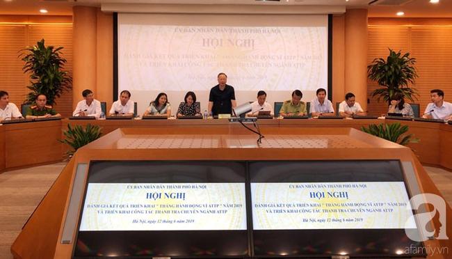 Hà Nội đóng cửa 52 cơ sở vi phạm an toàn thực phẩm và 1.317 cơ sở bị nhắc nhở - Ảnh 1.