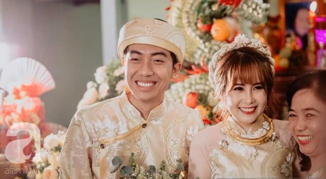 """Hot youtuber Cris Phan chính thức lên xe hoa, đám cưới đã """"siêu to, siêu khổng lồ"""" mặt chú rể còn biểu cảm như đang livestream thế này - Ảnh 4."""