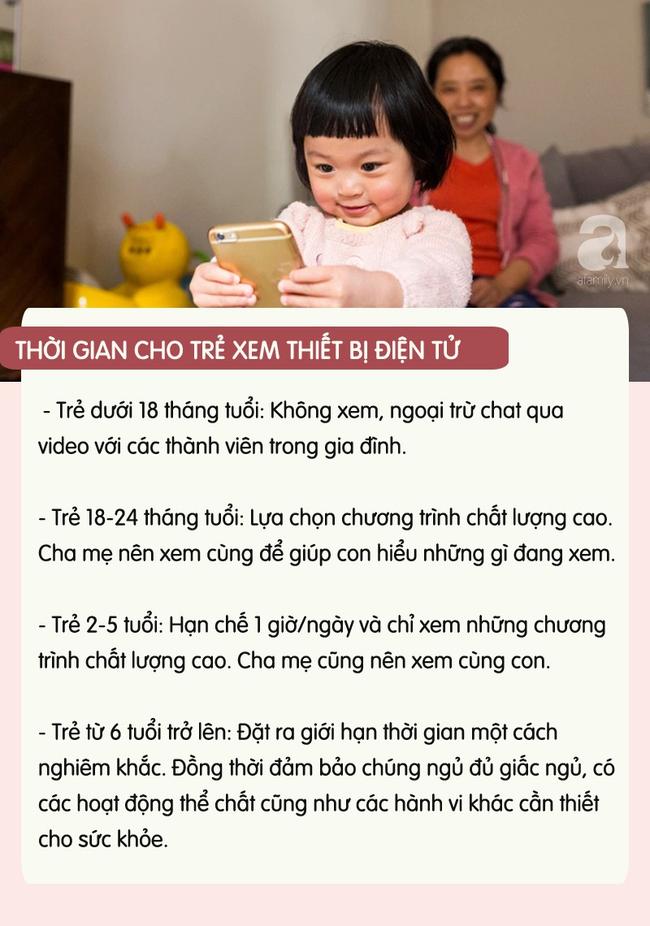 con-xem-dien-thoai-5