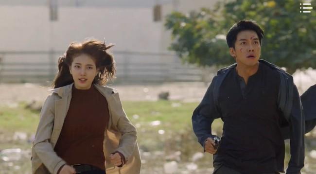 """""""Vagabond"""" tập 3: """"Nín thở"""" xem Lee Seung Gi và Suzy với đọ súng với khủng bố, ai ngờ bạn thân lại có ngày lật mặt thế này! - Ảnh 20."""