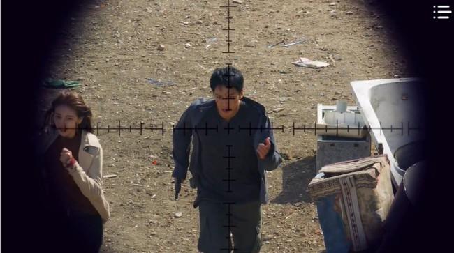 """""""Vagabond"""" tập 3: """"Nín thở"""" xem Lee Seung Gi và Suzy với đọ súng với khủng bố, ai ngờ bạn thân lại có ngày lật mặt thế này! - Ảnh 21."""