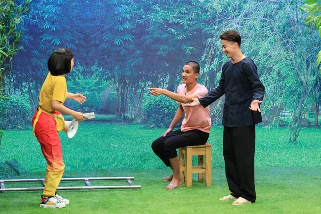 """""""Ơn giời cậu đây rồi"""": S.T Sơn Thạch tiết lộ từng """"ân ái"""" với Lâm Vỹ Dạ khi chưa đủ 18 tuổi - Ảnh 4."""