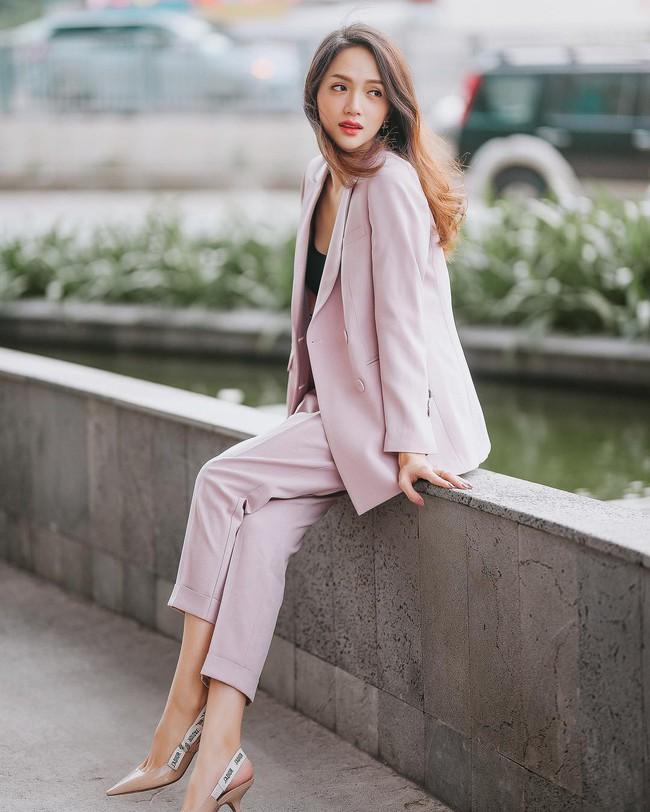 Vbiz có 3 tấm gương mặc áo blazer siêu đẹp siêu chất, đó là Phạm Thanh Hằng, Hương Giang và Yến Trang - Ảnh 6.