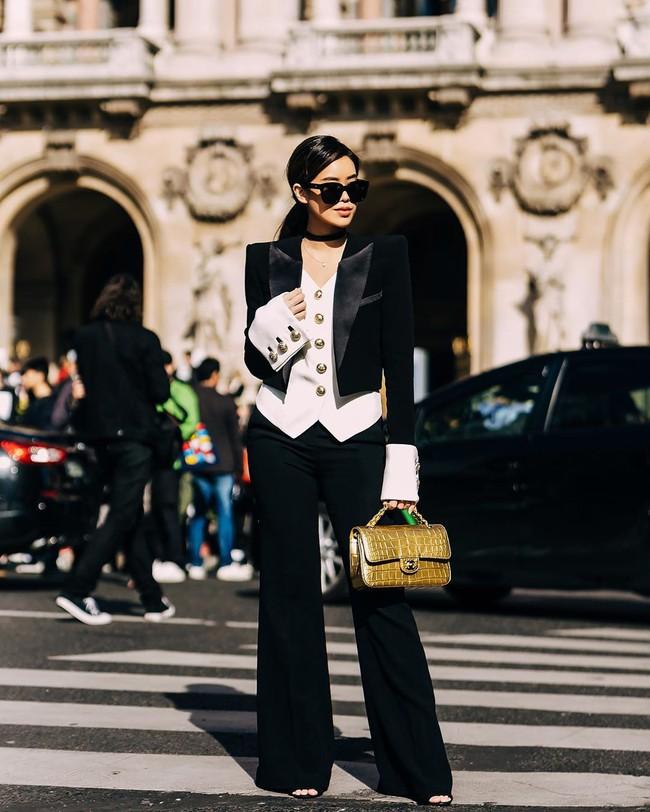"""Rich kid Thảo Tiên vừa lên đồ """"chất ngất"""" đã lọt ngay vào top street style đẹp nhất Paris Fashion Week - Ảnh 2."""