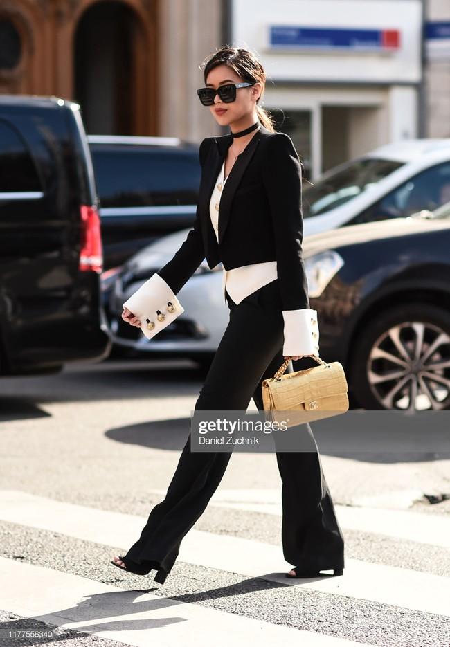 """Rich kid Thảo Tiên vừa lên đồ """"chất ngất"""" đã lọt ngay vào top street style đẹp nhất Paris Fashion Week - Ảnh 5."""