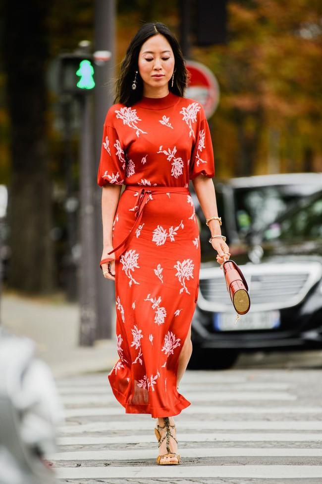 Ngắm street style tại Tuần lễ thời trang Paris, nàng công sở cũng rút ra được vô số tips mix đồ cho mùa mới  - Ảnh 5.