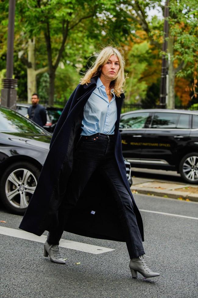 Ngắm street style tại Tuần lễ thời trang Paris, nàng công sở cũng rút ra được vô số tips mix đồ cho mùa mới  - Ảnh 10.