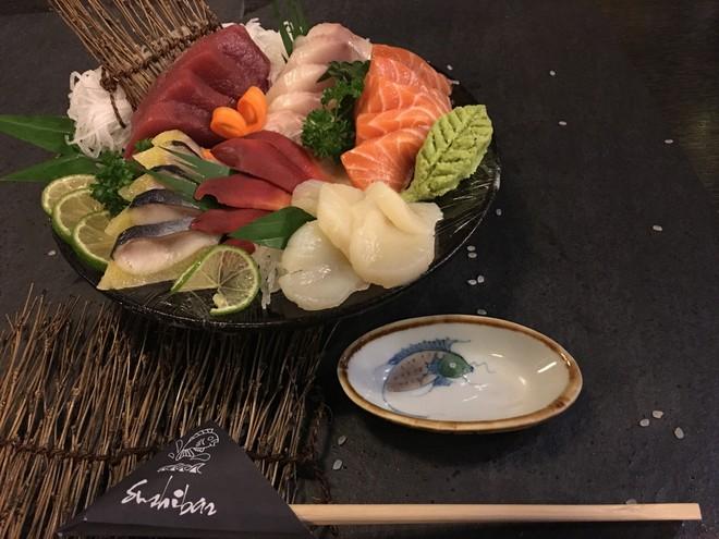 Thu sang, đón ngày vàng khuyến mại từ nhà hàng Nhật Bản Sushibar - Ảnh 1.