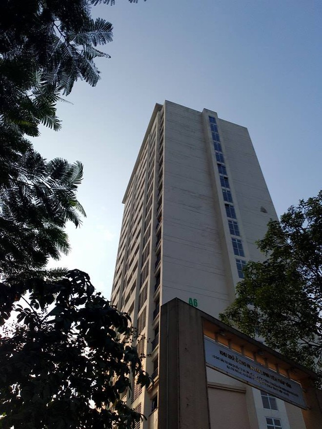 Tòa A6 nơi có khoảng 2.000 sinh viên đang sinh sống.