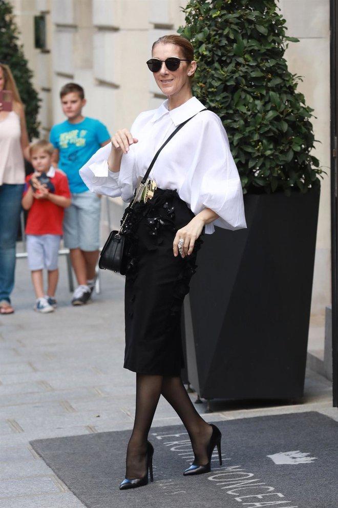 Cận kề tuổi 50 Diva Céline Dion mới lột xác phong cách khiến giới mộ điệu toàn cầu kiêng nể - Ảnh 22.