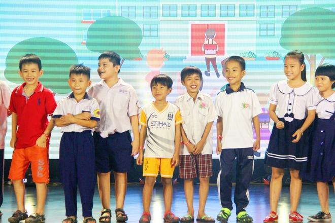 Cái Tết trung thu ý nghĩa của 350 trẻ em có hoàn cảnh đặc biệt khó khăn trên địa bàn TP.HCM - Ảnh 1.