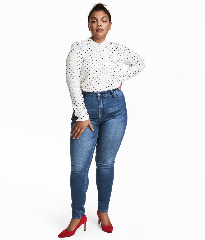 Một cô nàng ngoại cỡ thử 10 chiếc quần jeans của 10 hãng khác nhau, và đây là những điều cô cảm nhận được - Ảnh 4.