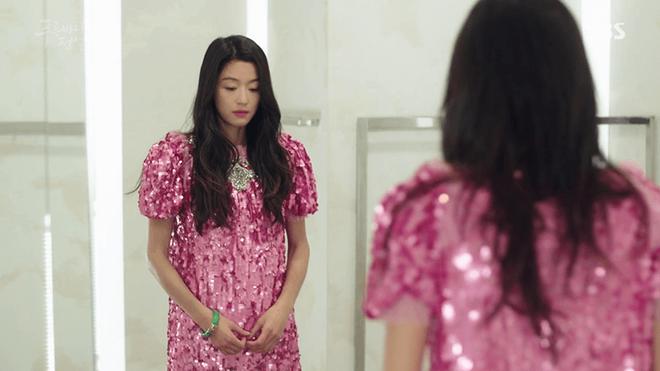 Đây là những nhân vật có gu thời trang ấn tượng nhất phim Hàn trong năm 2017  - Ảnh 3.