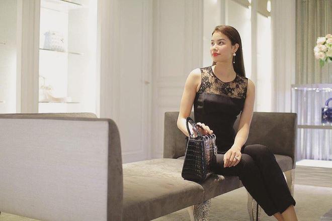 Từ mờ nhạt về nhan sắc lẫn phong cách thời trang, phải mất tận 7 năm Phạm Hương mới có chỗ đứng trong Vbiz - Ảnh 24.