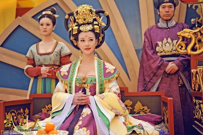 Muôn cách để Hoàng đế Trung Hoa xưa chọn phi tần lâm hạnh: thả bướm, thảy xúc xắc và cả cưỡi xe dê - Ảnh 6.