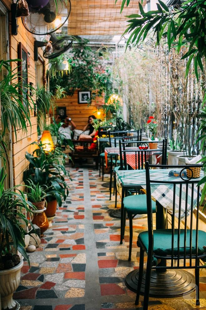 5 quán cafe trong ngõ để tìm tĩnh lặng và yên bình cho những ngày cuối hạ - Ảnh 31.