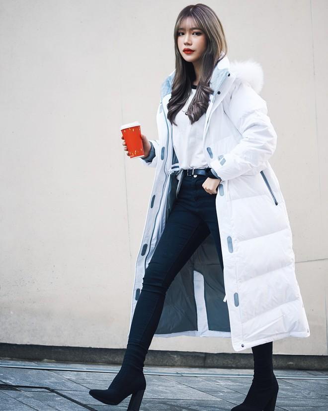 Cứ đến mùa lạnh là 7 mẫu áo khoác ấm áp này lại được các cô nàng thi nhau chưng diện - Ảnh 11.