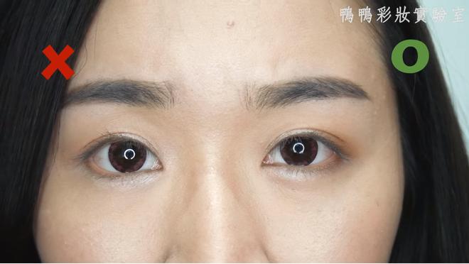 Chuyên gia makeup chỉ ra những lỗi khi trang điểm mắt mà các nàng thường mắc phải - Ảnh 12.