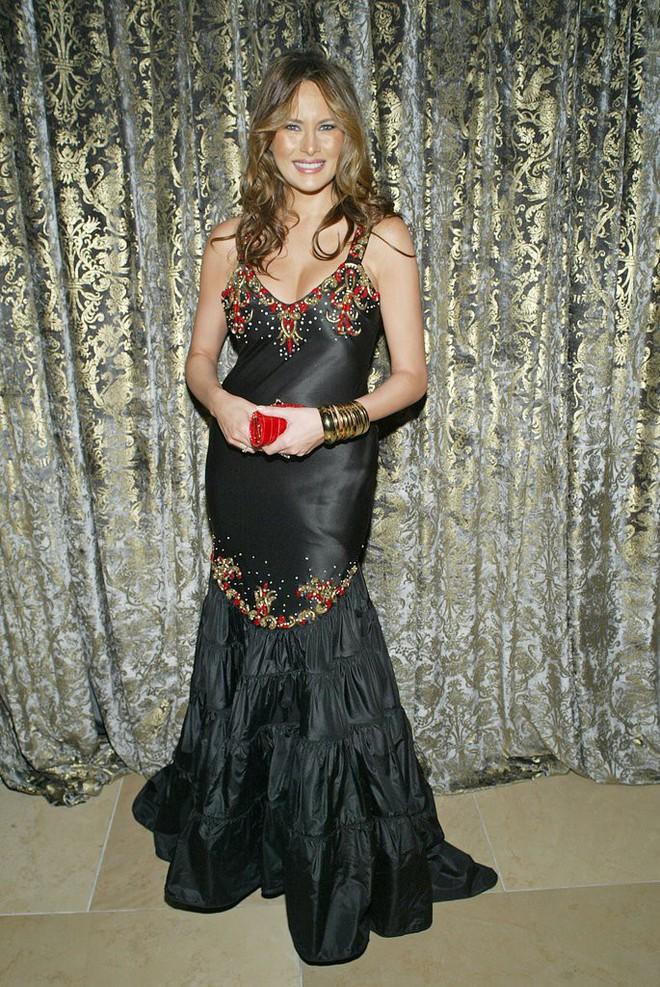 Liệu ai có tò mò về phong cách của Melania Trump khi chưa trở thành Đệ nhất phu nhân Mỹ - Ảnh 10.