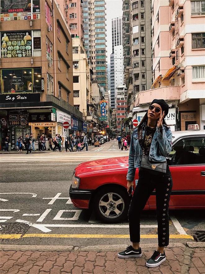 Thu Thủy khoe street style trẻ trung, Kỳ Duyên khác lạ với đôi chân nhìn như dài cả mét - Ảnh 13.