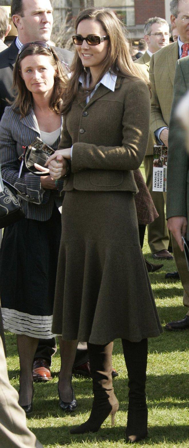 Liệu có ai tò mò về phong cách thời trang hồi chưa là Công nương của Kate Middleton - Ảnh 15.