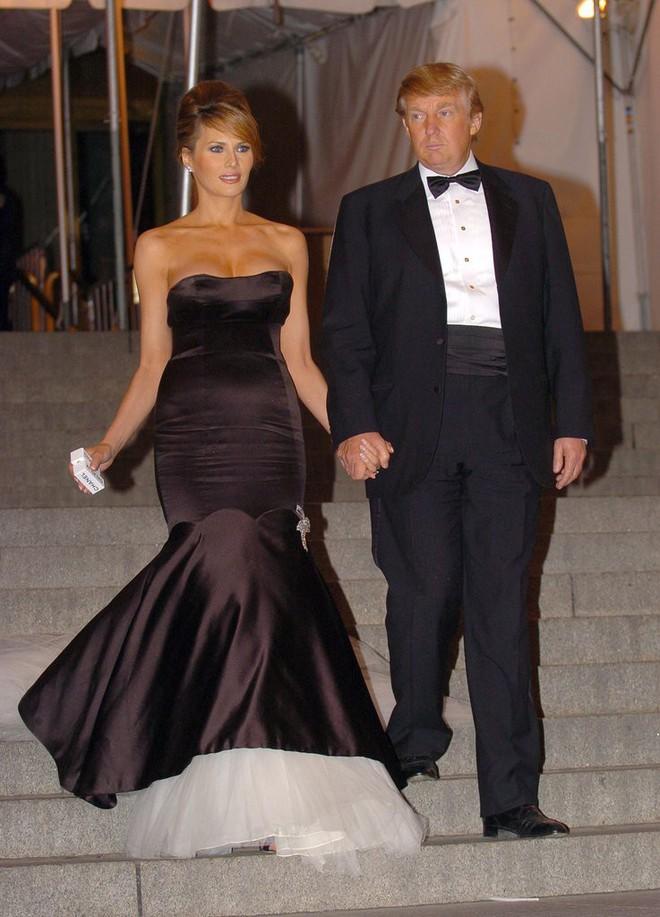 Liệu ai có tò mò về phong cách của Melania Trump khi chưa trở thành Đệ nhất phu nhân Mỹ - Ảnh 12.