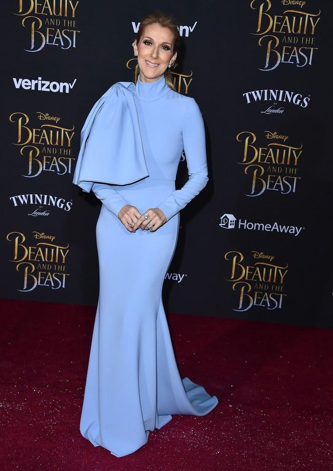 Cận kề tuổi 50 Diva Céline Dion mới lột xác phong cách khiến giới mộ điệu toàn cầu kiêng nể - Ảnh 4.