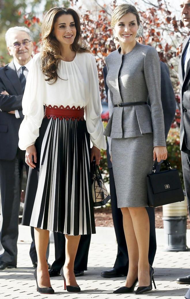 4 biểu tượng hoàng gia sở hữu gu thời trang đẹp xuất sắc khiến ai cũng trầm trồ mỗi khi xuất hiện - Ảnh 17.