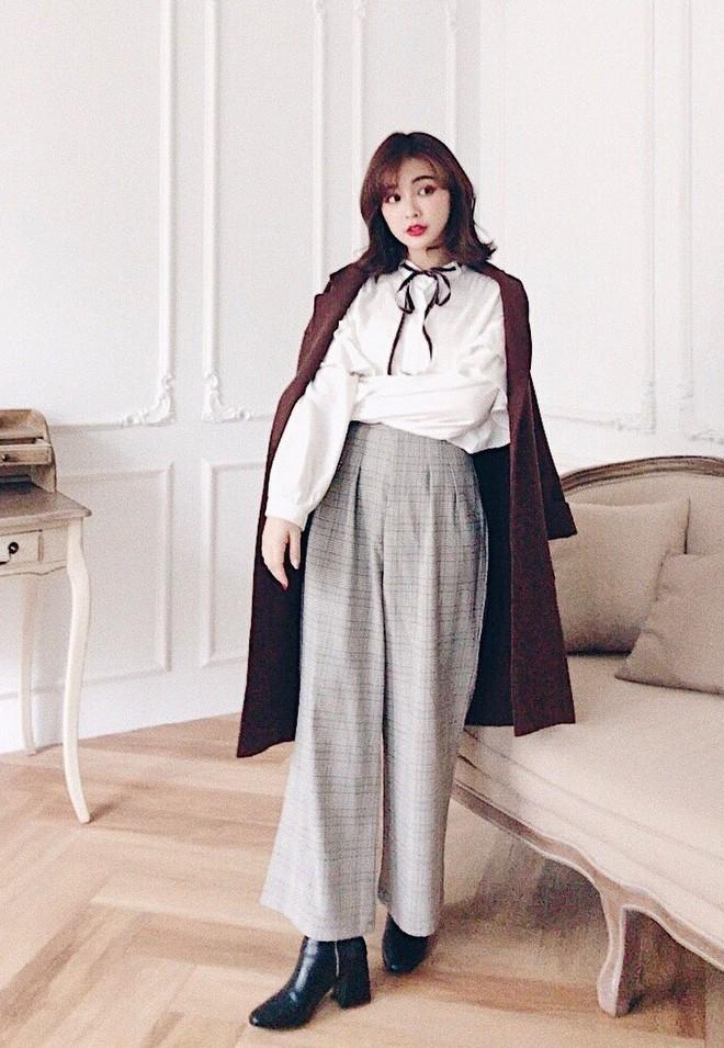 Áo khoác dài + quần ống rộng: Combo mặc kiểu gì cũng đẹp cho mùa đông năm nay - Ảnh 17.
