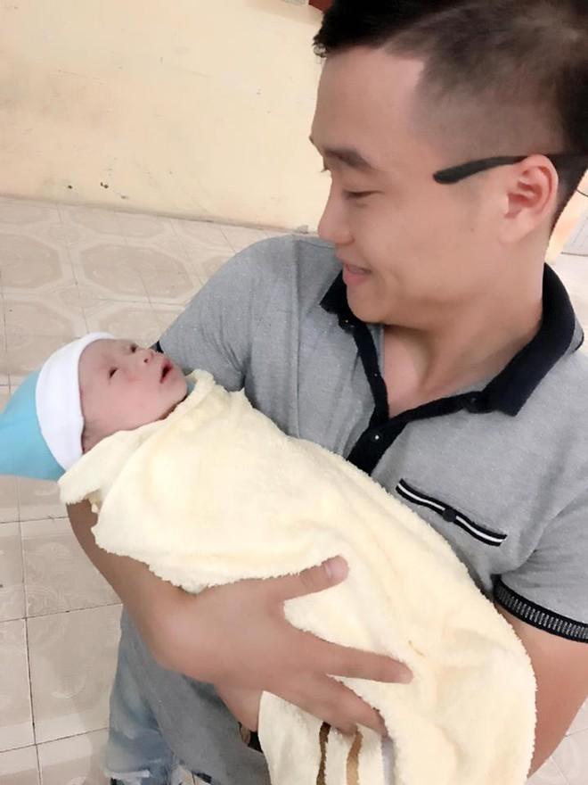 Ông bố soái ca nằm vùng bệnh viện, kể mọi nỗi cực khổ của phụ nữ khi sinh nở - Ảnh 5.