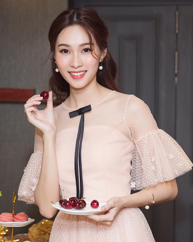 Lâu lâu mới xuất hiện, Hoa hậu Thu Thảo khiến nhiều người bất ngờ với diện mạo mới - Ảnh 4.