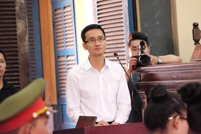 Hoa hậu Trương Hồ Phương Nga đã được tại ngoại sau 2 năm 3 tháng tạm giam - Ảnh 20.