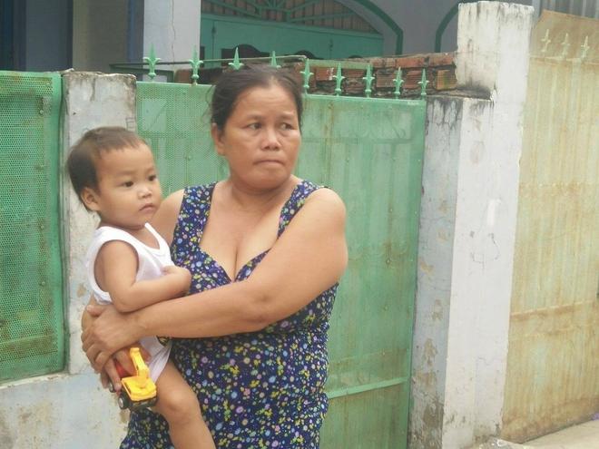 Ông ngoại của 6 đứa trẻ bị nhốt trong nhà, trần truồng gào khóc dưới mưa: Tôi không dám nhận tiền giúp đỡ của ai - Ảnh 18.
