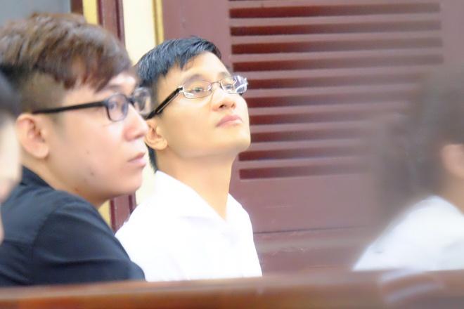 Chùm ảnh: Sắc thái Hoa Hậu- Đại Gia trong 2 ngày xét xử sơ thẩm vụ lừa đảo 16,5 tỷ đồng - Ảnh 14.