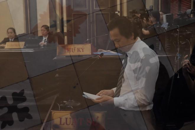Tiếp phiên xét xử vụ lừa đảo 16,5 tỷ đồng: Phương Nga phản biện khiến luật sư của Cao Toàn Mỹ lặng im - Ảnh 3.