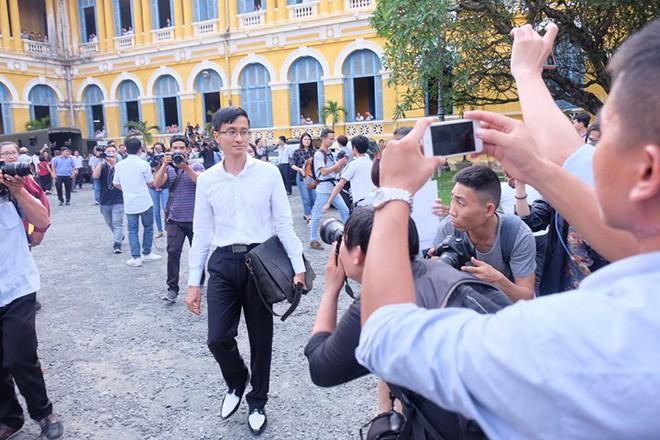 Hoa hậu Trương Hồ Phương Nga đã được tại ngoại sau 2 năm 3 tháng tạm giam - Ảnh 8.