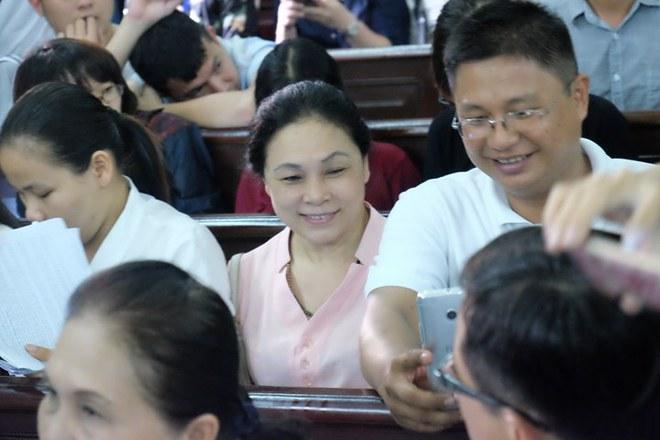 Hoa hậu Trương Hồ Phương Nga đã được tại ngoại sau 2 năm 3 tháng tạm giam - Ảnh 12.