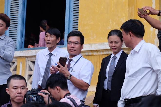 Hoa hậu Trương Hồ Phương Nga đã được tại ngoại sau 2 năm 3 tháng tạm giam - Ảnh 9.
