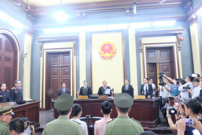 Hoa hậu Trương Hồ Phương Nga đã được tại ngoại sau 2 năm 3 tháng tạm giam - Ảnh 2.