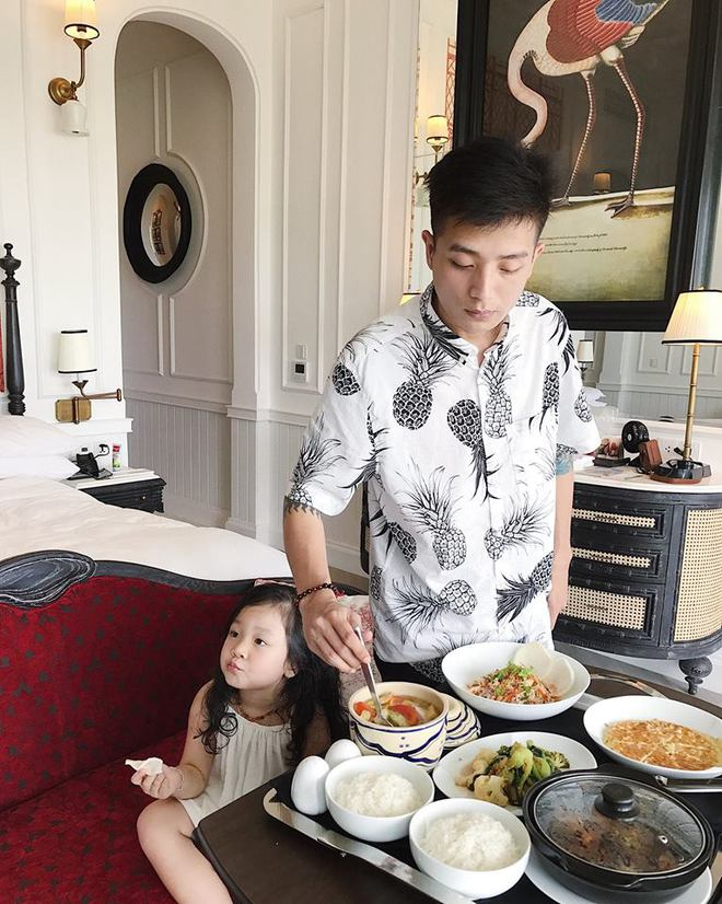 Nhóm bạn thân 6 hotmom Hà Nội trẻ xinh, kinh doanh giỏi, du lịch nước ngoài như đi chợ khiến chị em ngưỡng mộ - Ảnh 7.