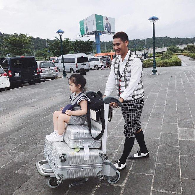 Nhóm bạn thân 6 hotmom Hà Nội trẻ xinh, kinh doanh giỏi, du lịch nước ngoài như đi chợ khiến chị em ngưỡng mộ - Ảnh 9.