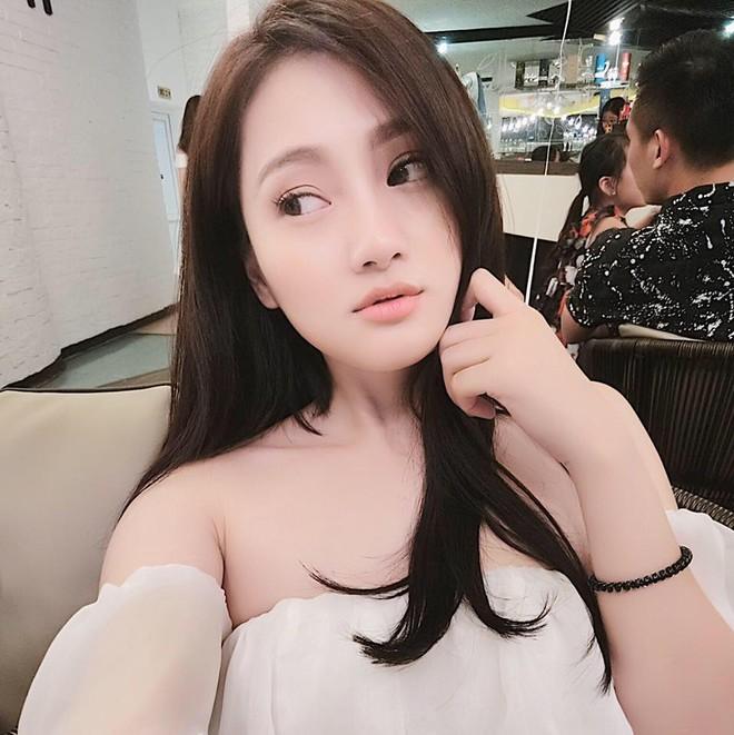 Nhóm bạn thân 6 hotmom Hà Nội trẻ xinh, kinh doanh giỏi, du lịch nước ngoài như đi chợ khiến chị em ngưỡng mộ - Ảnh 16.